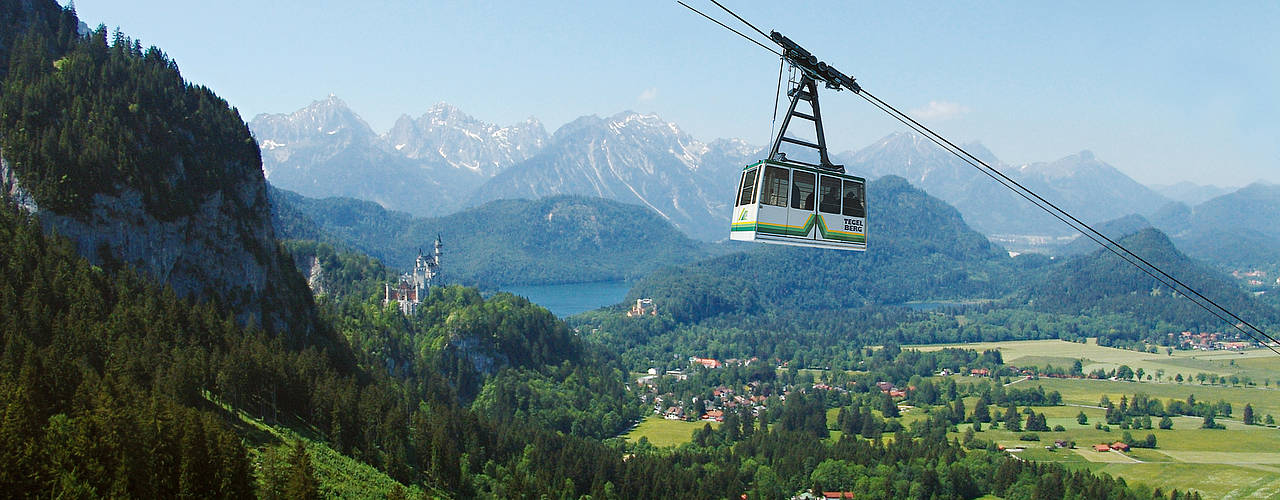 The cable car in front of Neuschwanstein castle