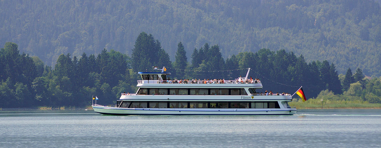 Boat trip aboard the MS Füssen on lake Forggensee