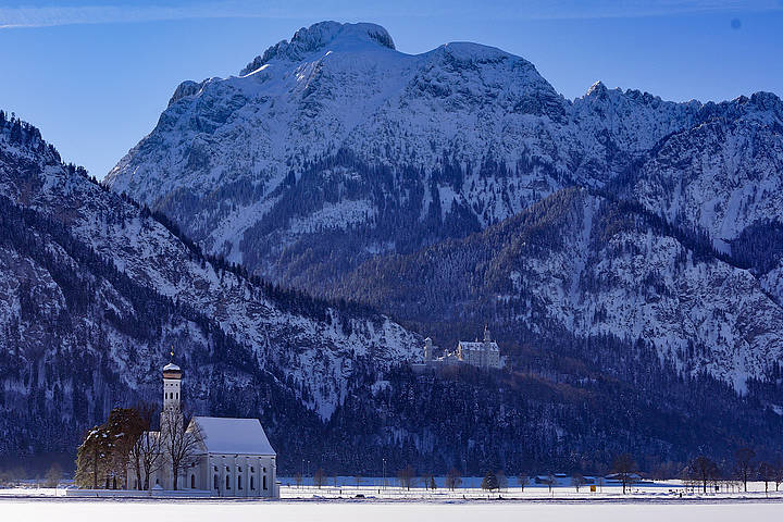 Schwangau is located at the southern end of the romantic road in Bavaria, southern Germany.