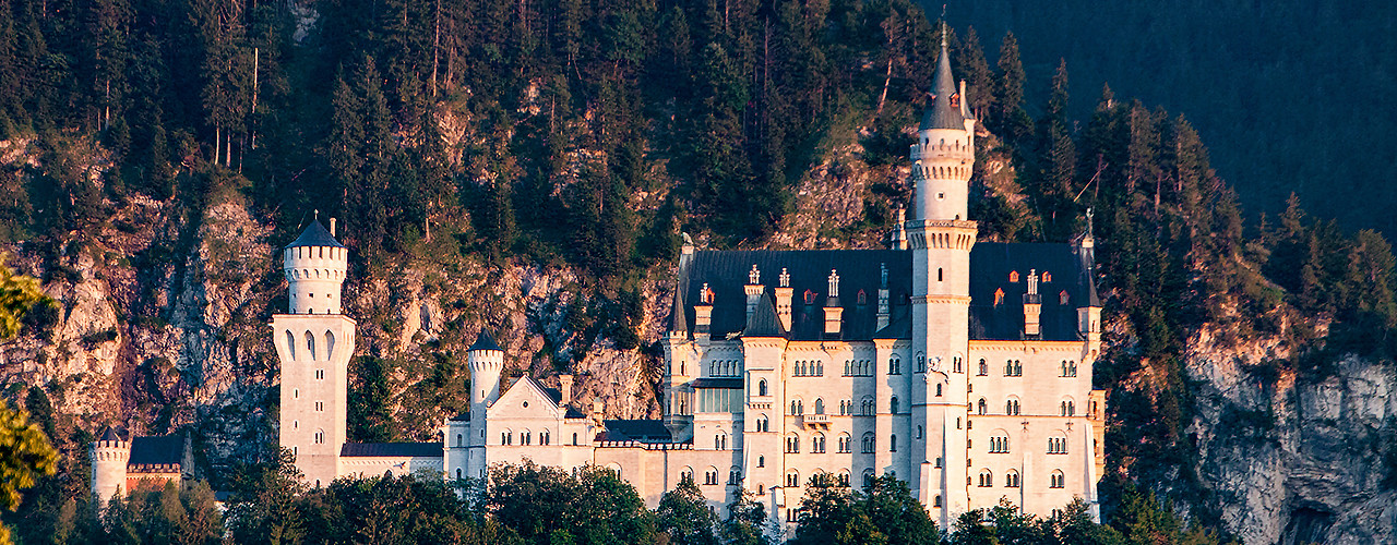 Neuschwanstein castle in the summer